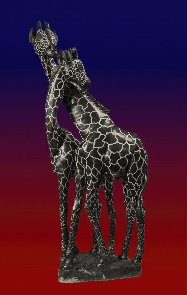 giraffe stone sculpture by Shona Sculptor Gedion Nyanhongo